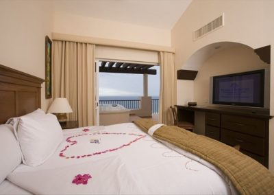 master suite Pueblo Bonito Montecristo Estates offers spectacular ocean views of the pacific ocean in cabo san lucas, overlooking quivira golf club
