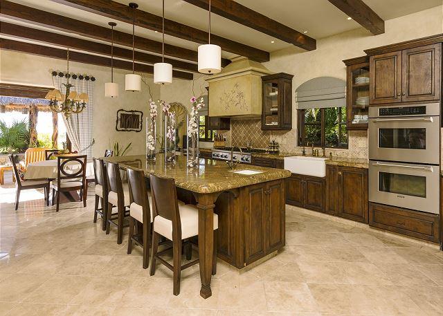 Casa Sahuaro en Cabo del Sol Luxury Rental Villas in Cabo San Lucas kitchen