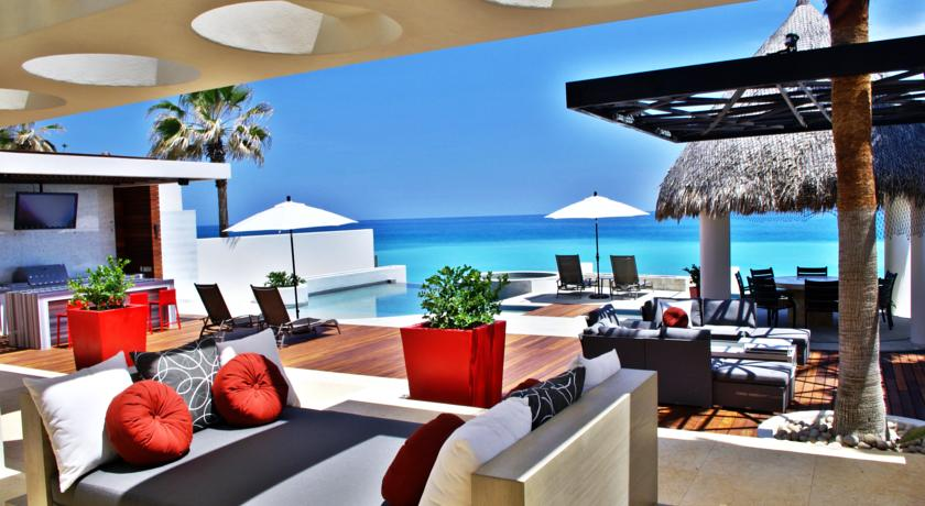 casa mateo in los cabos luxury vacation rentals pool deck